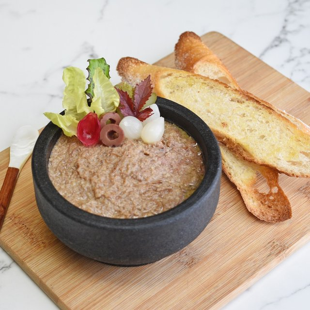Duck Rillette with Croutons