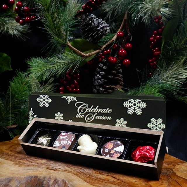 Chocolate Christmas Praline Set