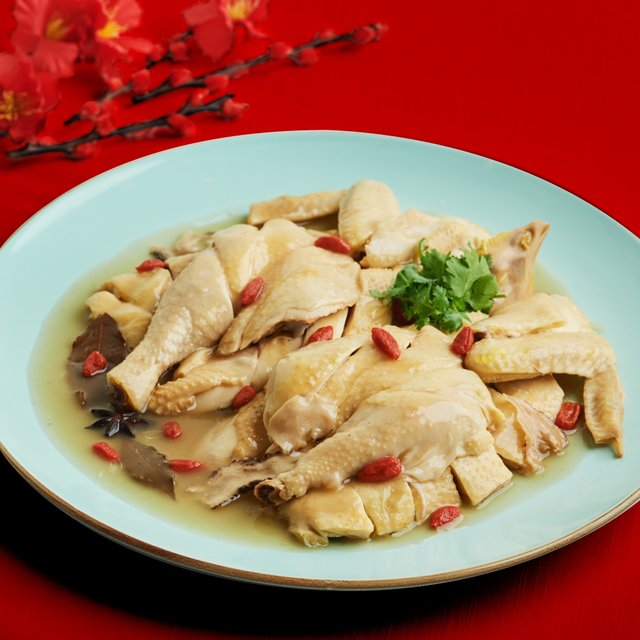 Traditional Style Salted Water Poached Kampong Chicken